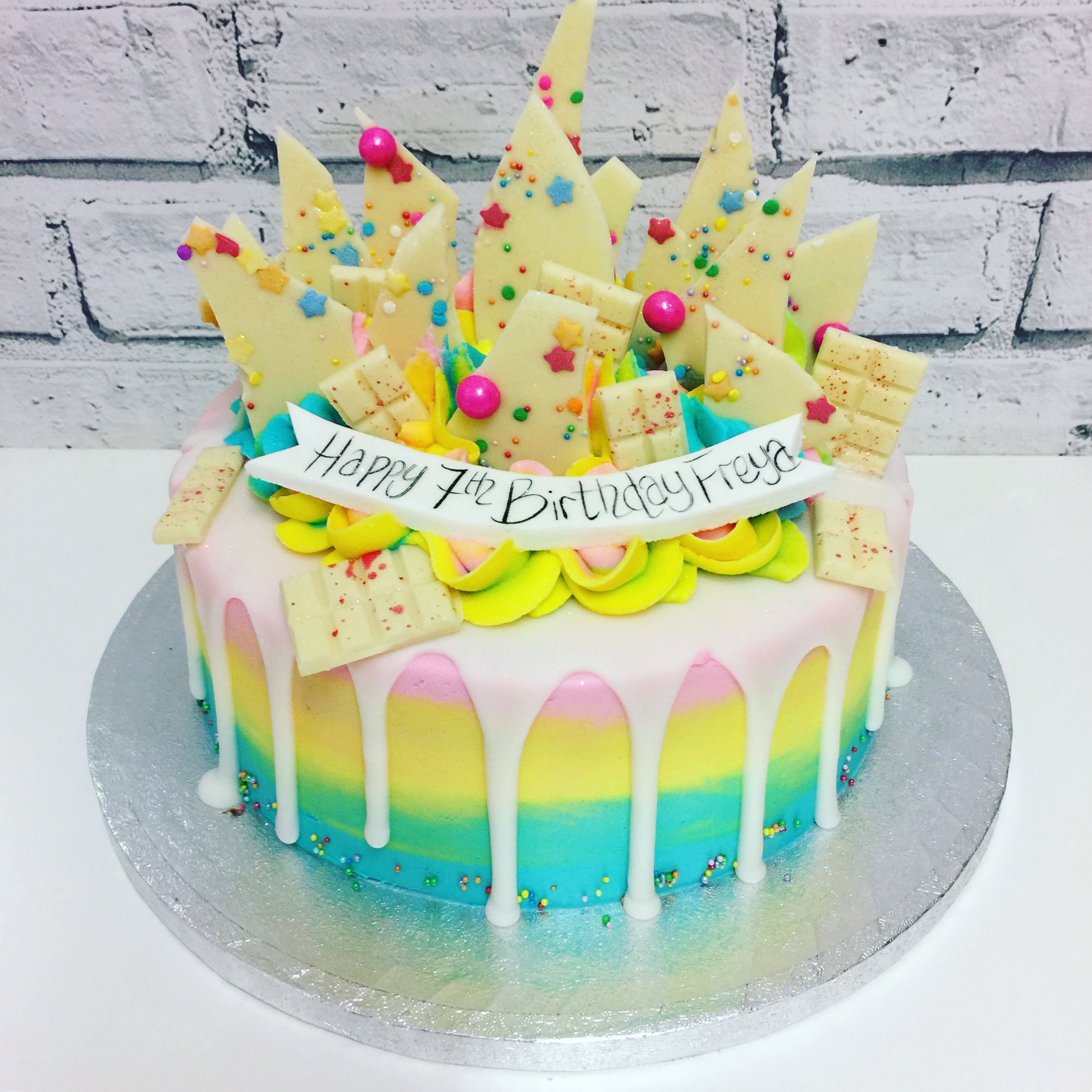 Unicorn Bark Melt Cake