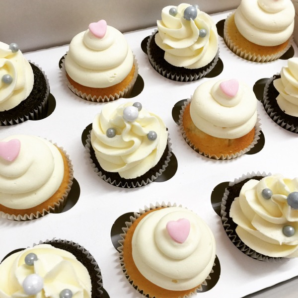Ivory Cupcakes